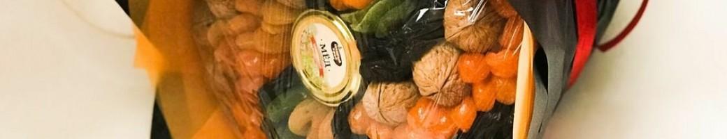 Букеты из сухофруктов и орехов